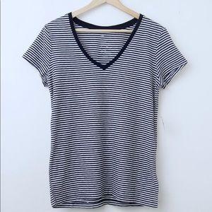 Gap The Essential V-Neck Striped T-Shirt NWT
